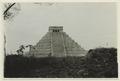 El Castillo , den centrala pyramiden - SMVK - 0307.f.0014.tif