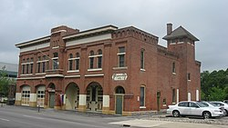 Engine House No. 3 in Fort Wayne from southeast.jpg
