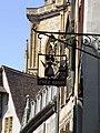 Enseigne et clocher de la collégiale Saint-Martin (Colmar).jpg