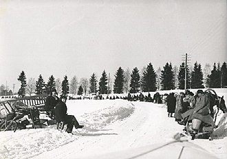 Karelian question - Evacuees from Muolaa moving towards Western Finland during winter 1940.