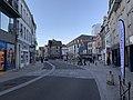 Extrémité de la rue du Temple (côté statue Cadet Roussel) à Auxerre.jpg