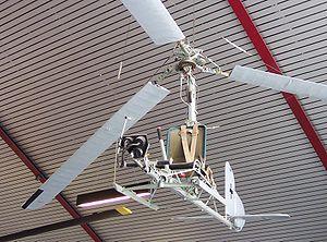 <wikipedia> Bild:FA-330 Bachstelze2.jpg