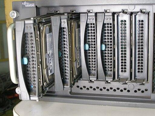FSC Primergy TX200 S2 0012