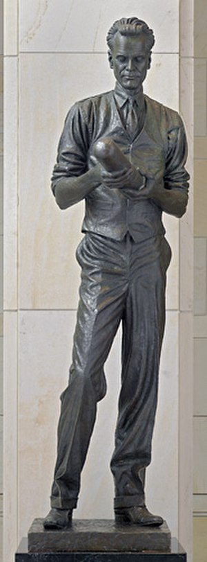 James Avati - Statue of Philo Farnsworth located in the National Statuary Hall Collection, by James R. Avati, a son of James Sante Avati.