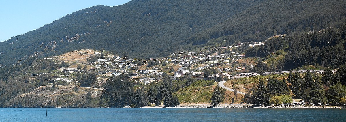 Hotels Near Queenstown Airport