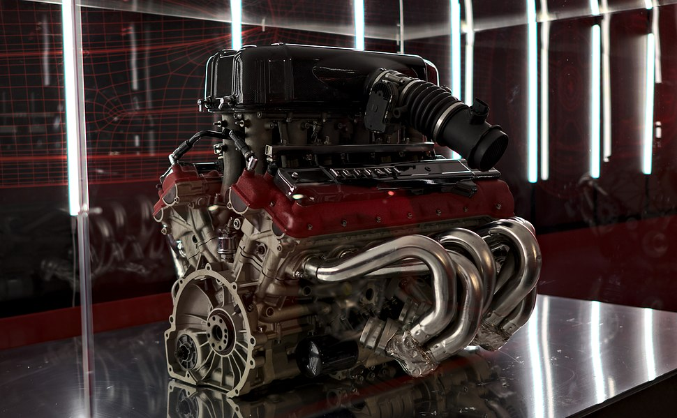 Ferrari F140B engine