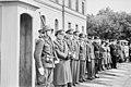 """Fo30141711140051 """"Reservebataljon Holmestrand paraderer for Quisling på Slottsplassen"""" 1942-06-14 (NTBs krigsarkiv, Riksarkivet).jpg"""