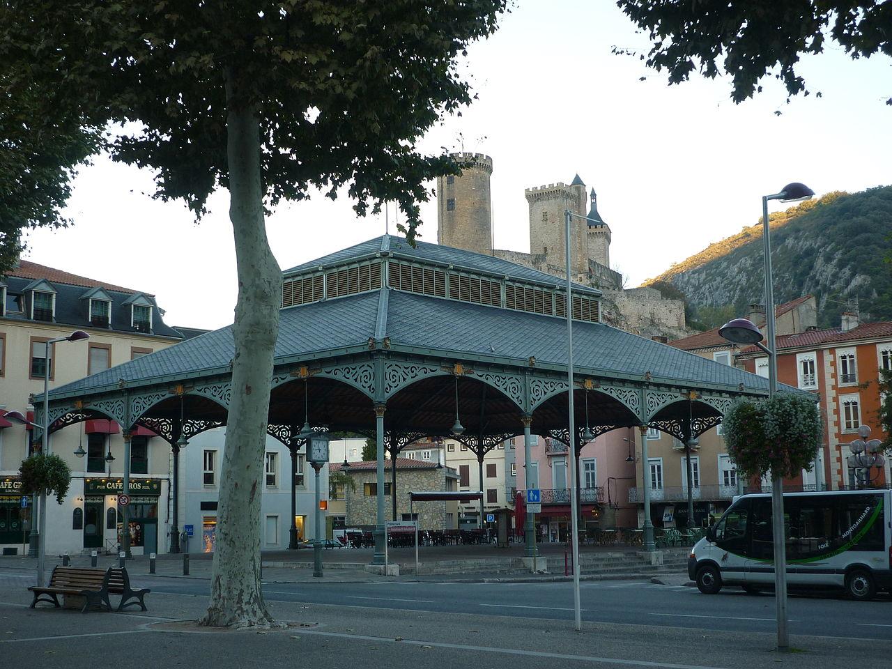 Foix la halle.JPG