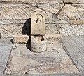 Fonte en Lira preto da igrexa. Carnota. Galiza.jpg