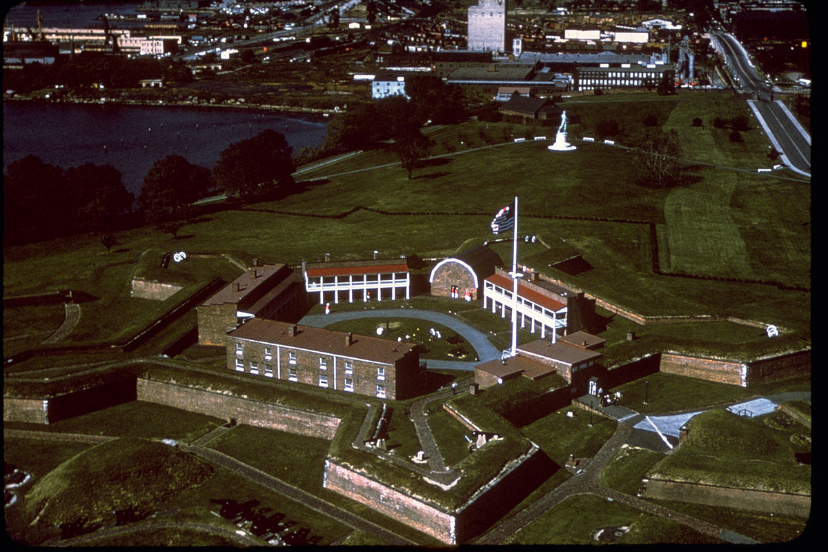 Fort McHenry National Monument and Historic Shrine FTMC2498.jpg