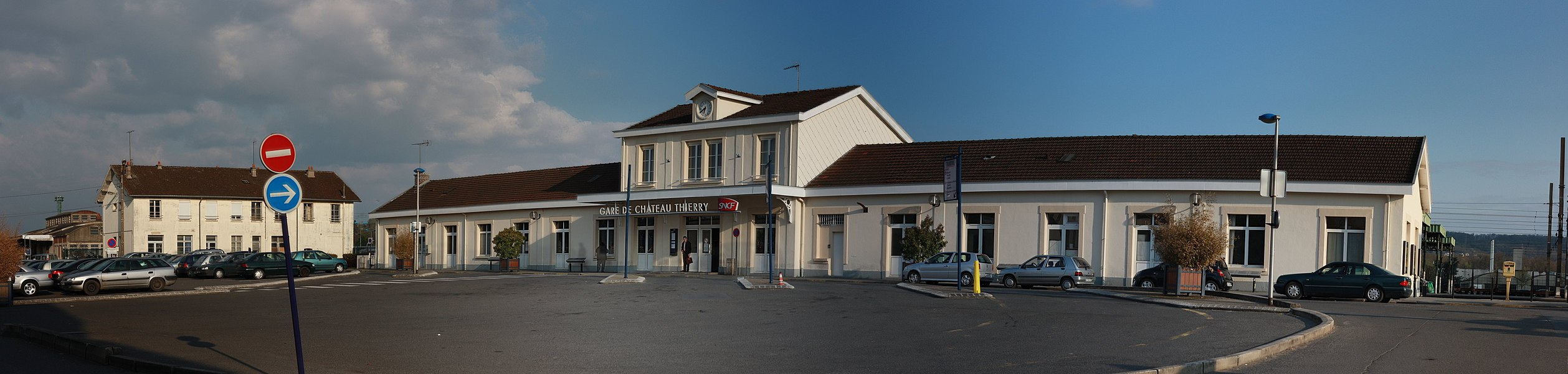 Panoramic view of Château-Thierry Train Station