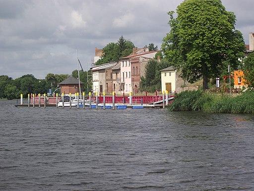 Gartz (Oder) - przystań na Odrze Zachodniej - panoramio