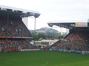 2003 FIFA Confederations Cup - Image: Geoffroy Guichard ASSE