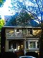 George H. ^ Bertha Breitenbach two-unit residence - panoramio.jpg