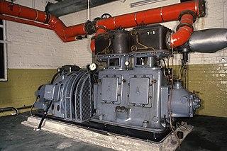 High-speed steam engine