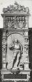Grabdenkmal für Prinz Albrecht den Jüngeren von Baden-Durlach (* 12. Juni 1555 ; † 5. Mai 1574), Sohn des Markgrafen Karl II. und der Kunigunde von Brandenburg-Kulmbach (Schlosskirche in Pforzheim).png
