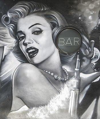 Graffiti of Marilyn Monroe, Valencia, 1999