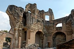 Greek library Villa Adriana.jpg