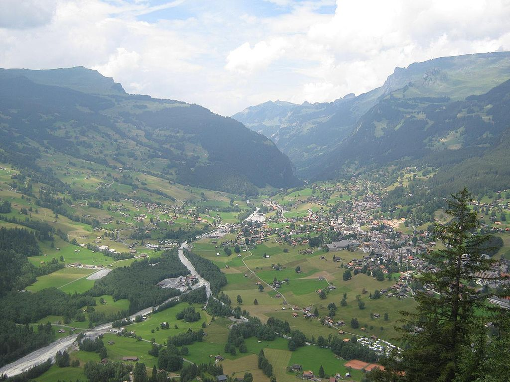 Grindelwaldviewfromhill