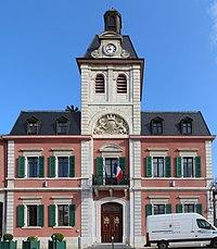 Hôtel ville Gex 9.jpg