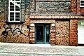 HL Damals – Ex-Kaufhaus am Klingenberg – Detail – Fassade – Ex-Personaleingang an der Schmiedestraße – 2019.jpg