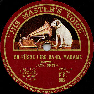 Whispering Jack Smith - The label of a British record issue of Whispering Jack Smith's recording of Ich küsse ihre Hand, Madame (In Dreams I Kiss Your Hand, Madame) from 1928.