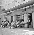 Halfoverdekt terras van café Rowal, Bestanddeelnr 255-1794.jpg