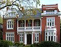 Hamburg - Villa in Poeseldorf.jpg