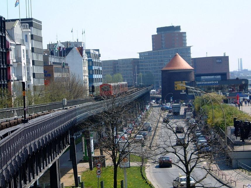 Hamburg U-Bahn Hochbahn