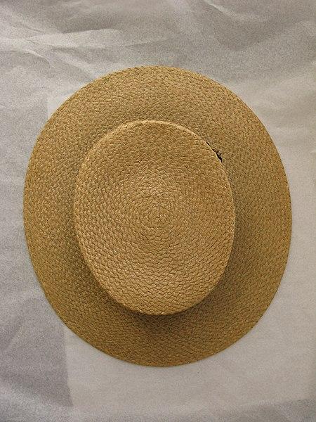 File:Hat, boater (AM 1968.105-4).jpg