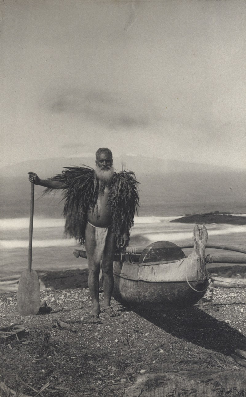 Hawaiian fisherman in a malo and ahu la'i, ca. 1890s