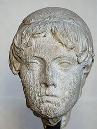 Head Omphalos Apollo Louvre Ma691.jpg