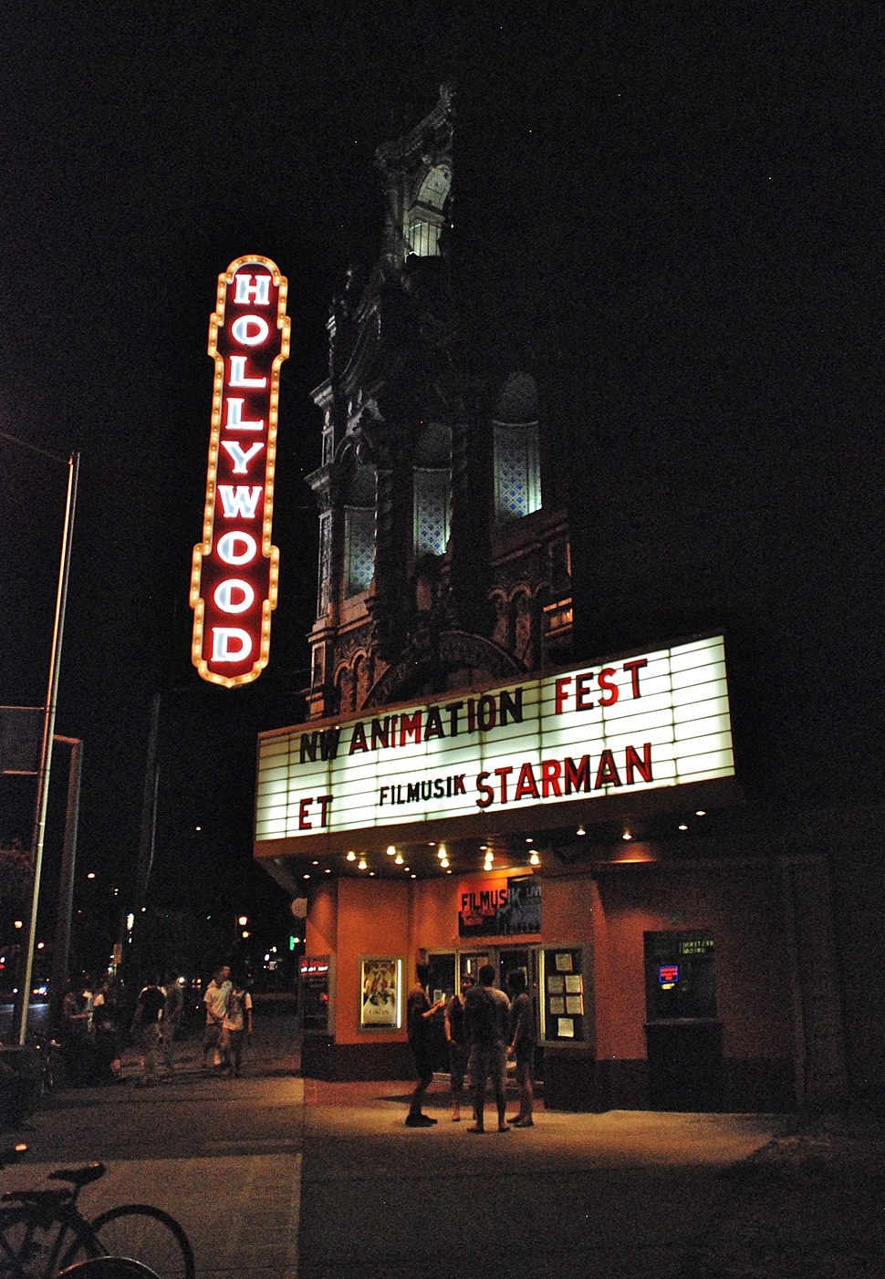 Hollywood Theatre (Portland, Oregon) at night, 2011