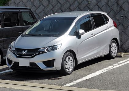 420px-Honda_FIT_13G_%28GK3%29_front.jpg