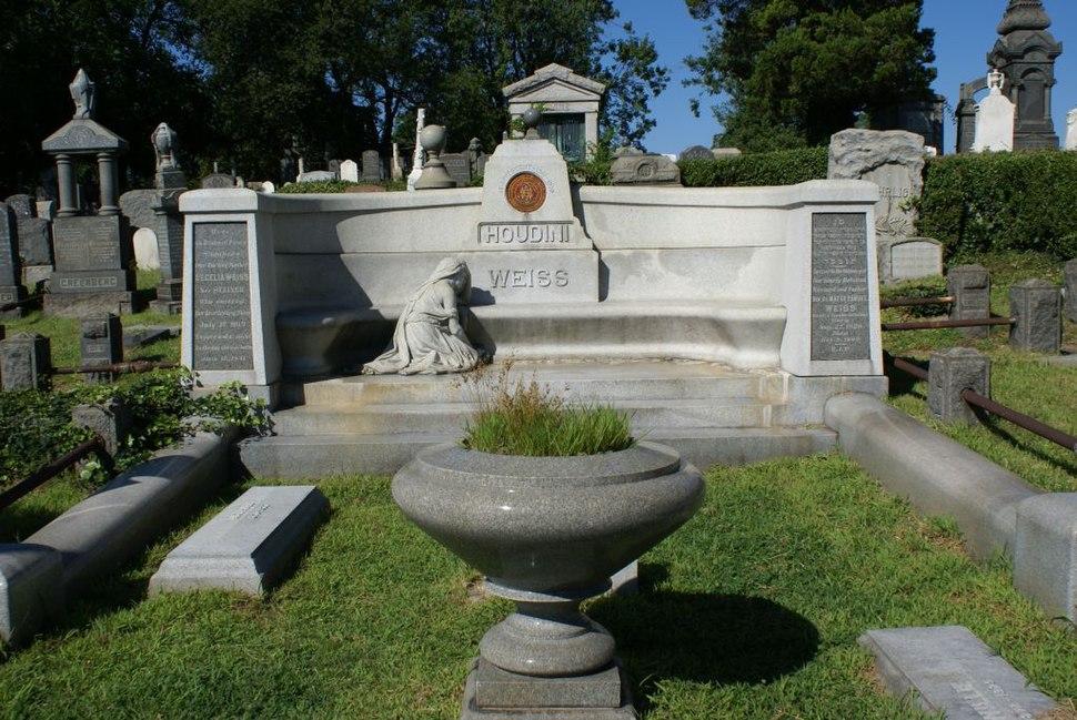 Houdini Gravesite 1024