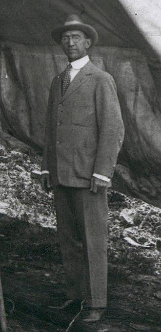 Howard R. Hughes Sr. - Howard Hughes Sr. in Houston, 1917