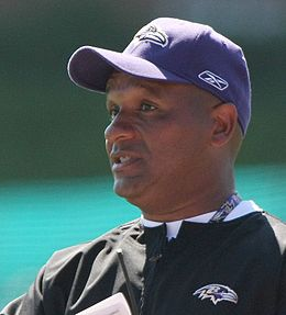 Hue Jackson in 2008 training camp.jpg