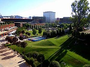 Metropolitan areas in Romania - Image: Iasi, Public Garden Palas 1