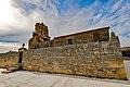 Iglesia parroquial de Nuestra Señora del Rosario y entrada al cementerio.jpg