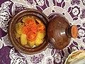 Image طاجين الدجاج مع البطاطس والطماطم و البصل2.jpg
