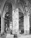 in de middelste pijler gewelfmoet van zijbeuk ten zuiden van voormalige toren - groningen - 20092729 - rce