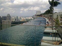 Infinity edge pool at Sands Sky Park, Marina Bay Sands Hotel, Singapore - 20110124.jpg