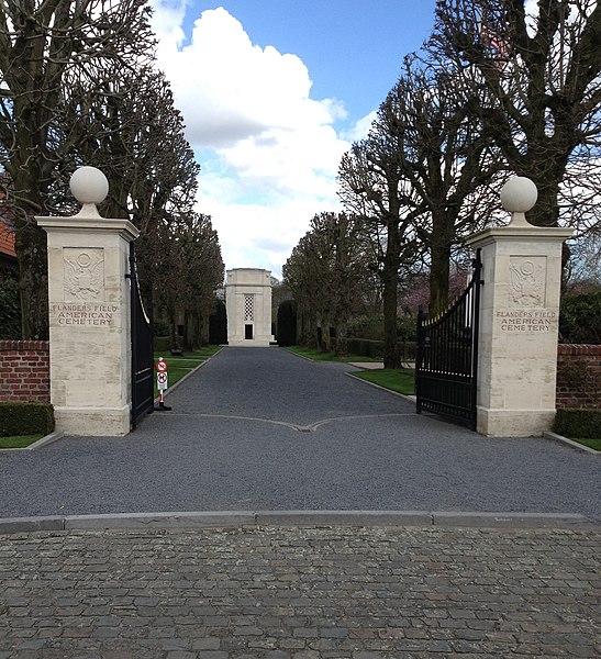 Ingang Flanders Field American Cemetery