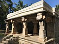 Jain temple at Sultan Bathery Kerala India 02.jpg