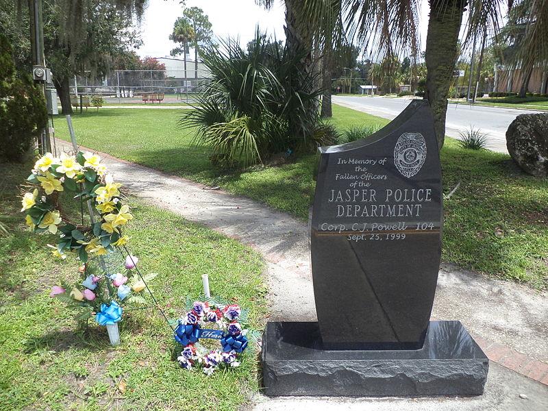 File:Jasper Police Department memorial.JPG