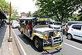 Jeepney (17291377302).jpg