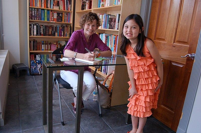 File:JudyBlume2009.jpg