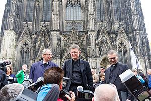 Stefan Heße - Image: Kardinal Woelki Weg zum und Mittagsgebet im Kölner Dom 3190