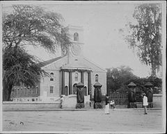 Kawaiahao Church, photograph by Frank Davey (PP-15-11-021).jpg
