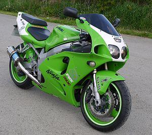 Kawasaki Ninja 750 - 001 - Flickr - mick - Lumix.jpg